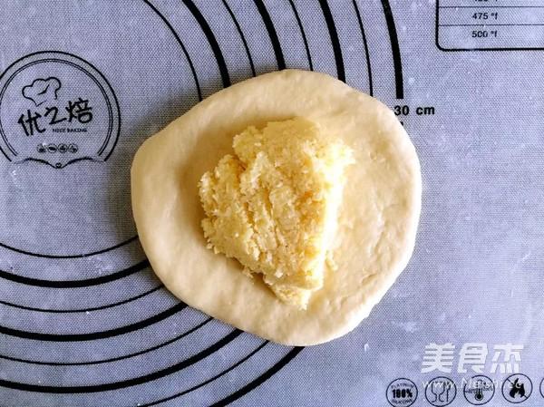 椰蓉心形小面包怎么做