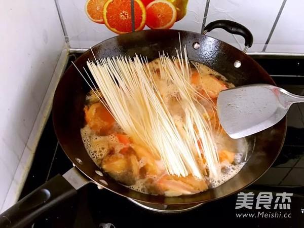 家常番茄鸡蛋面怎么炒