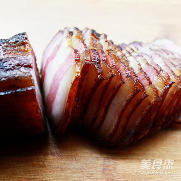 腊肉炒蒜苔的做法图解