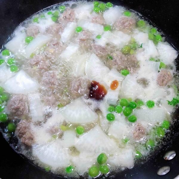萝卜肉丸汤(10分钟快手菜)怎样炖