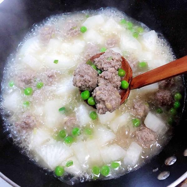 萝卜肉丸汤(10分钟快手菜)的制作