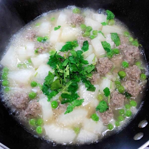 萝卜肉丸汤(10分钟快手菜)的制作方法