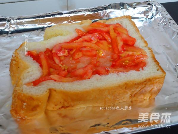 西红柿太阳蛋吐司怎么吃