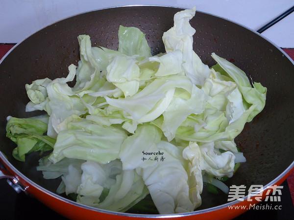 青椒炒包菜的简单做法