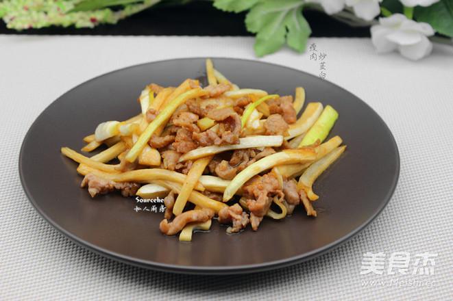 瘦肉炒茭白成品图