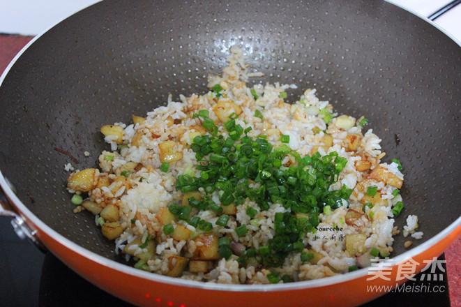 土豆炒饭怎么做