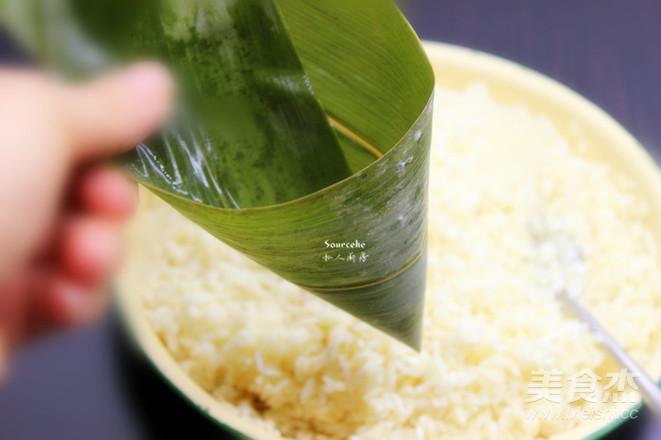 鲜肉咸味粽怎么吃