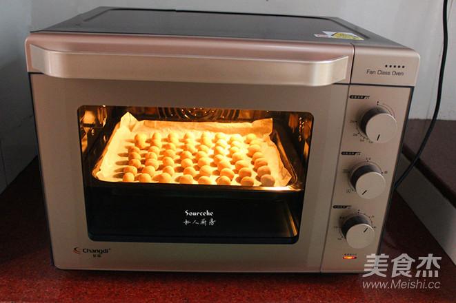 酥烤多味花生的步骤