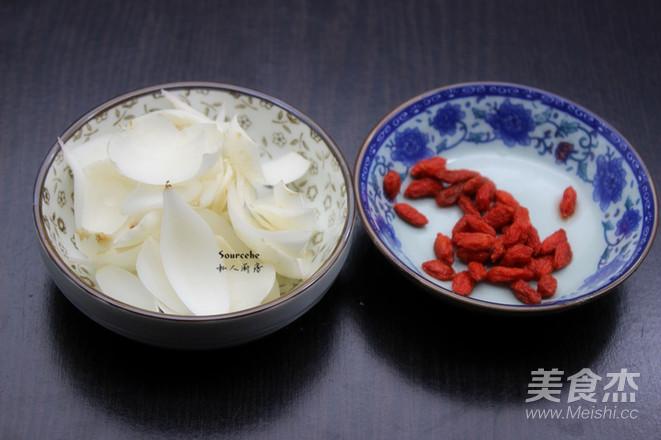 莲子百合粥的简单做法