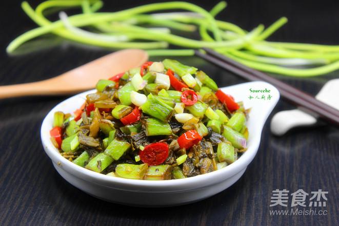 酸菜炒四季豆成品图
