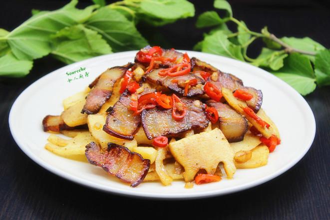 竹笋炒腊肉成品图
