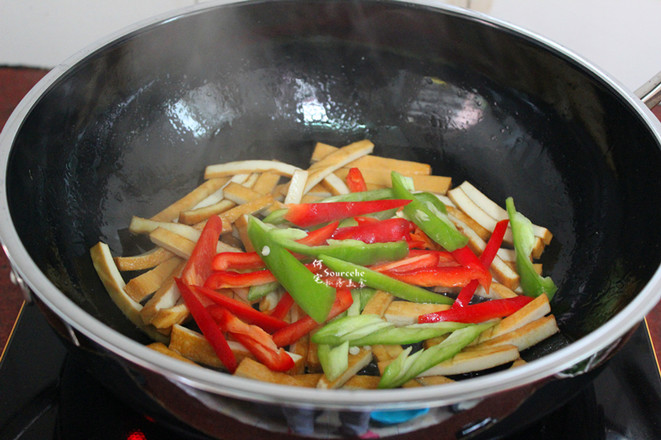 麻辣韭菜炒香干的简单做法