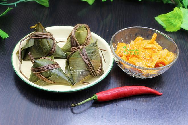 剩余粽子花样吃,泡菜炒粽子的做法大全