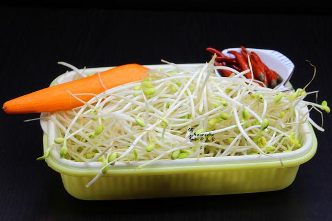 泡菜炒豆芽的步骤