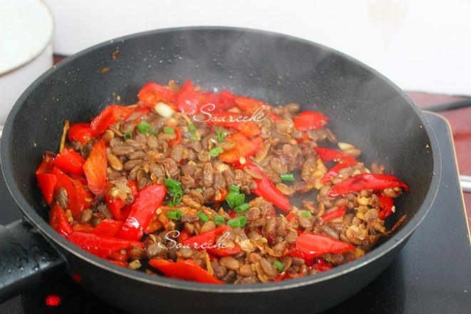 红辣椒炒腊八豆怎么吃
