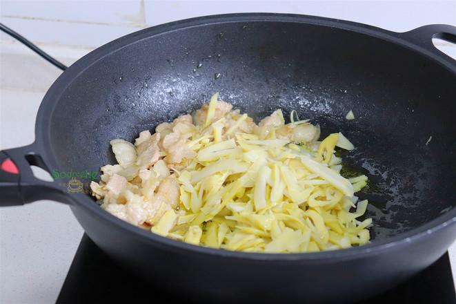 小笋炒肉的步骤