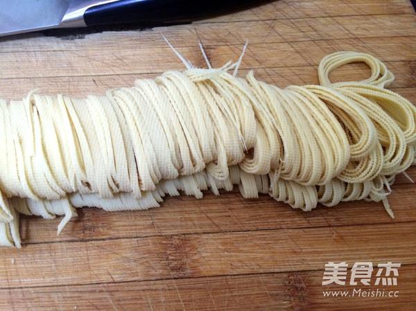 韭菜豆腐丝的做法图解