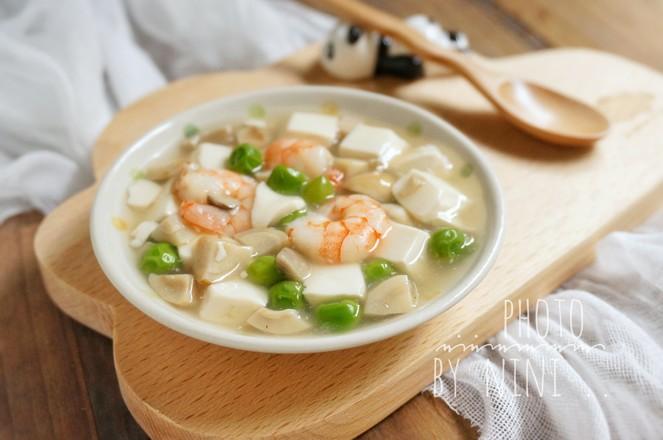 虾仁烩豆腐成品图