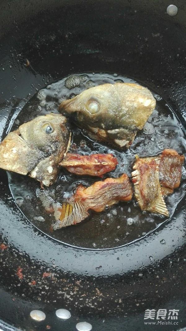 奶白鱼头汤的做法图解