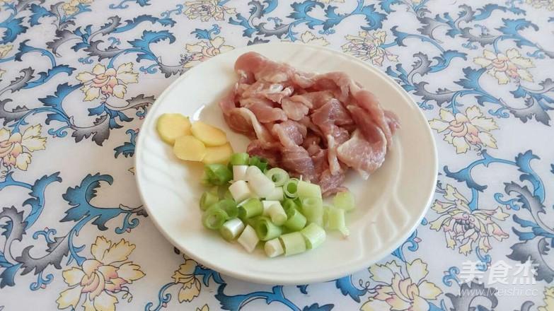 猪肉炖腐竹的家常做法