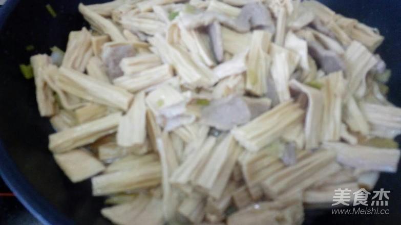 猪肉炖腐竹怎么煮