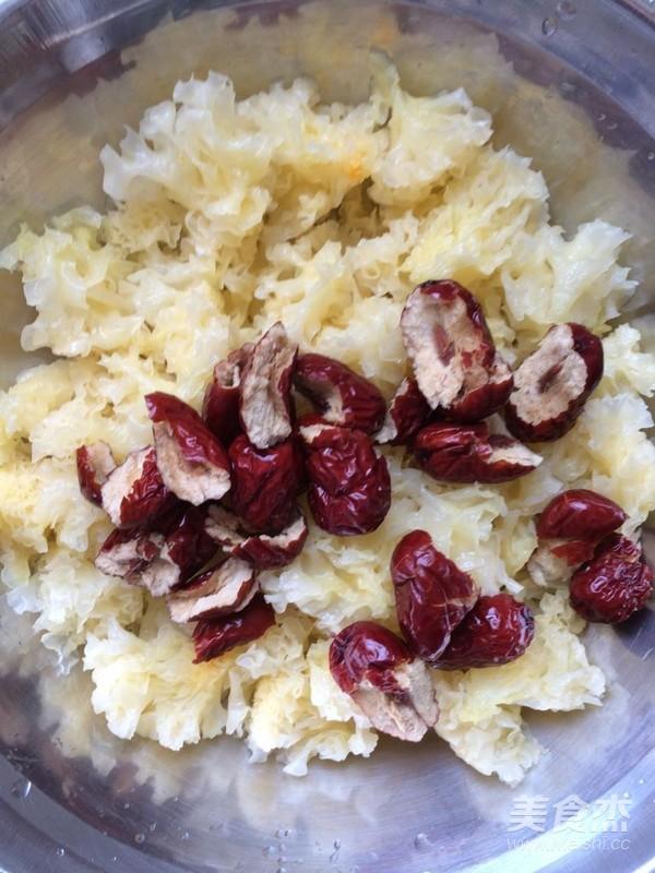 银耳红枣汤的家常做法