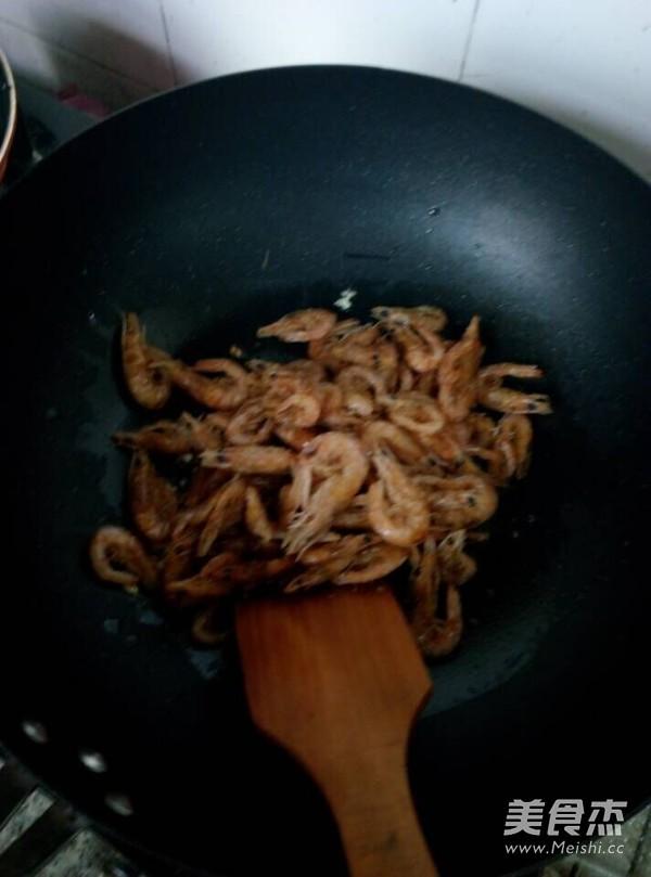 油爆小河虾怎么炒