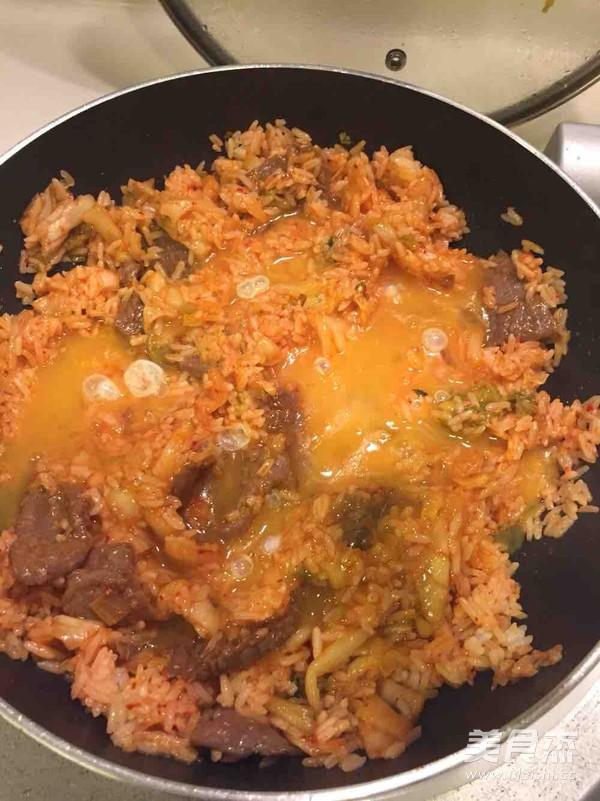 辣白菜牛肉炒饭怎么吃